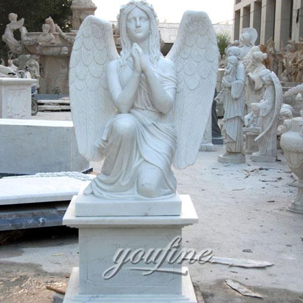 Памятник ангелу хранителю из мрамора