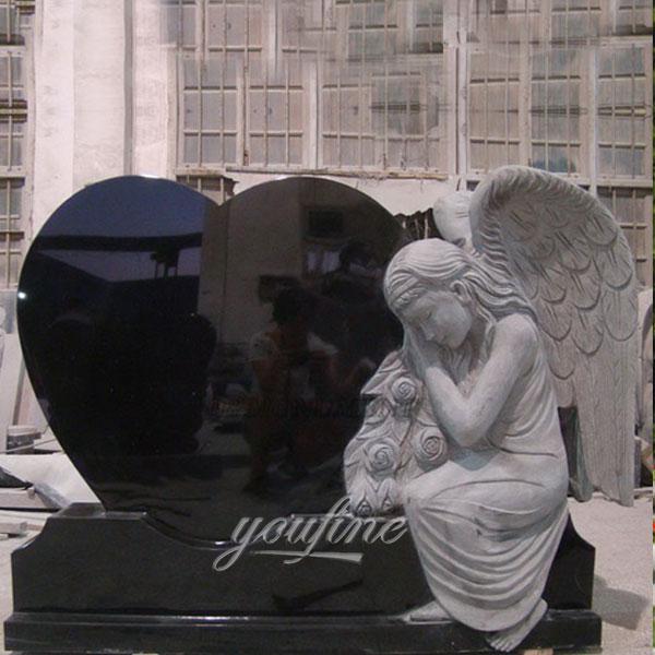 Памятник с ангелом из гранита