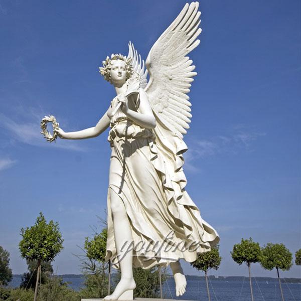 Статуя ангела хранителя из мрамора в искусстве