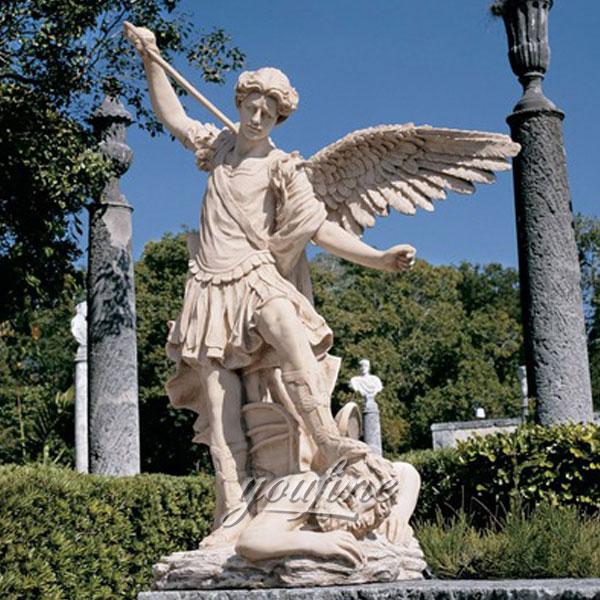 0Знаменитый белый мрамор Архангела Михаила, убивающего статую демона на продажу (1)