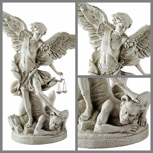0Знаменитый белый мрамор Архангела Михаила, убивающего статую демона на продажу (4)
